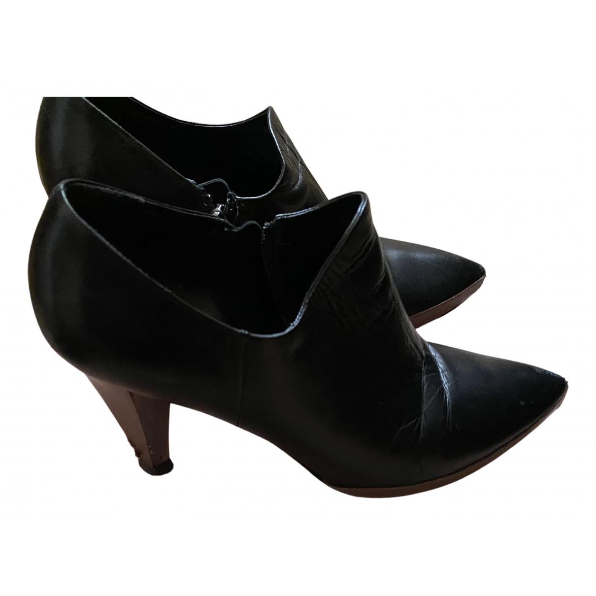 Miu Miu N Black Leather Ankle boots for Women 38 EU
