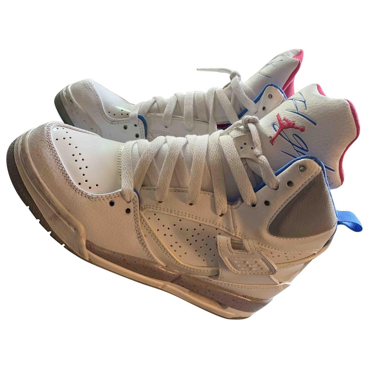 Jordan Air Jordan 4 Sneakers in  Weiss Leder