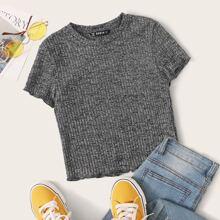 Geripptes Strick T-Shirt mit gekraeuseltem Saum