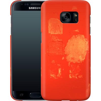 Samsung Galaxy S7 Smartphone Huelle - Red Block Background von Brent Williams