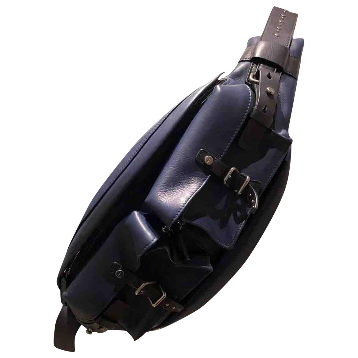 Salvatore Ferragamo \N Navy Leather bag for Men \N
