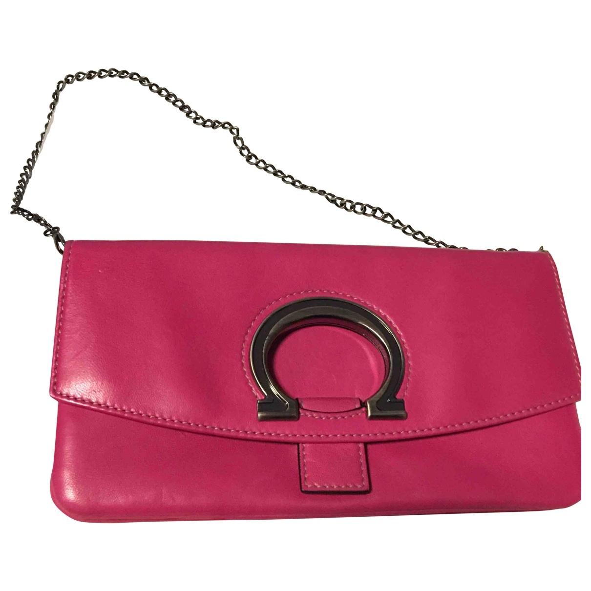 Salvatore Ferragamo \N Pink Leather Clutch bag for Women \N