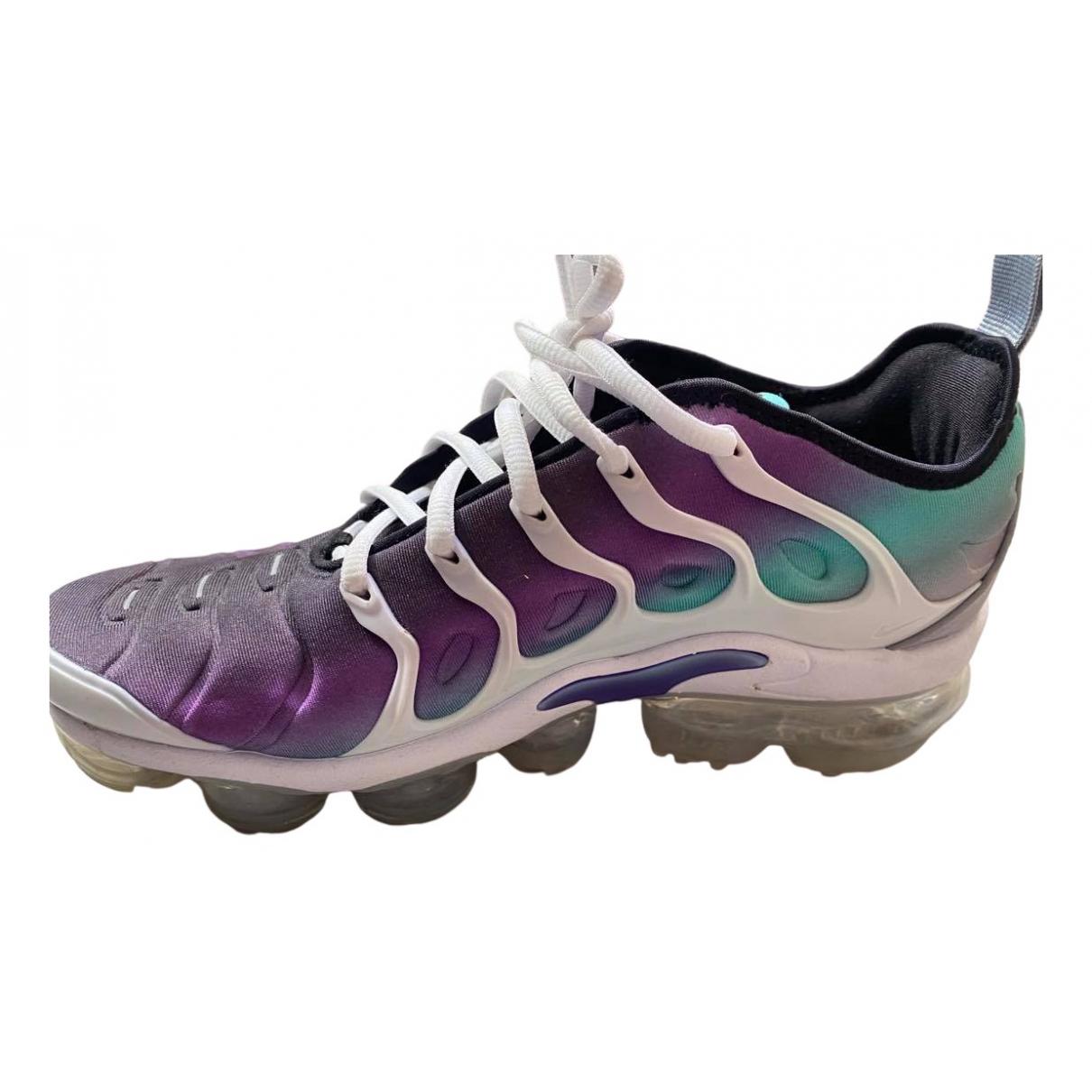 Nike VaporMax Plus Sneakers in  Lila Leinen