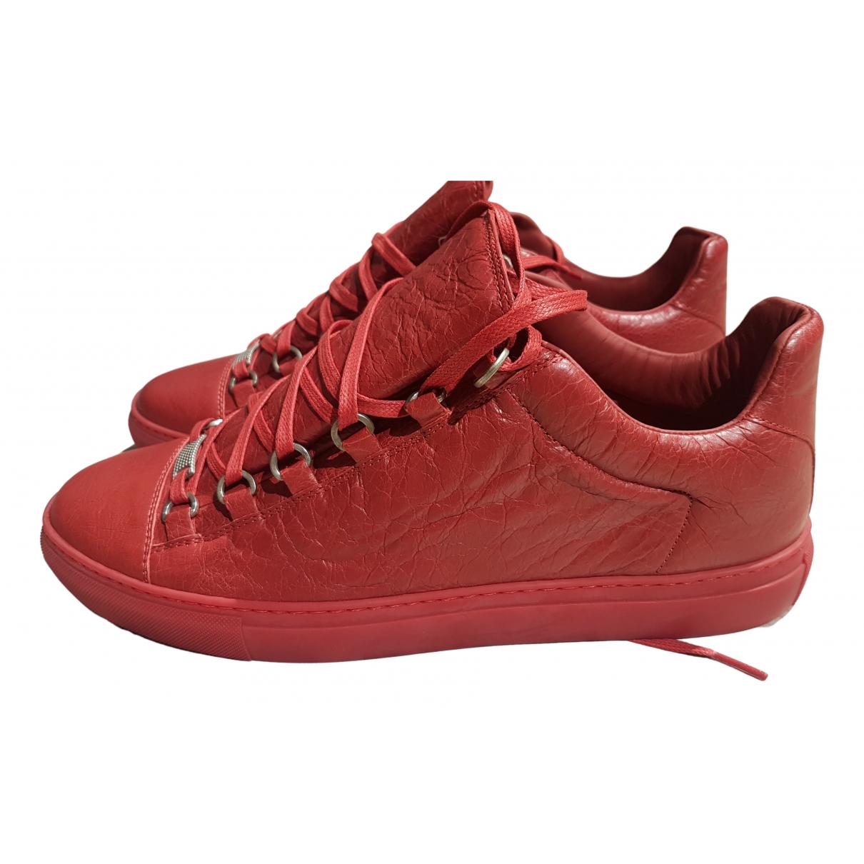 Balenciaga Arena Sneakers in  Rot Leder