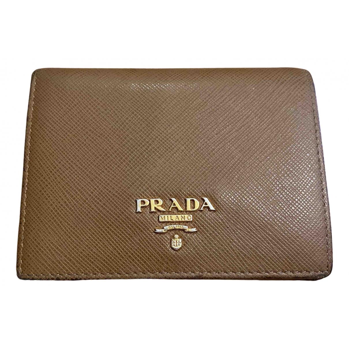 Prada - Portefeuille   pour femme en cuir - camel