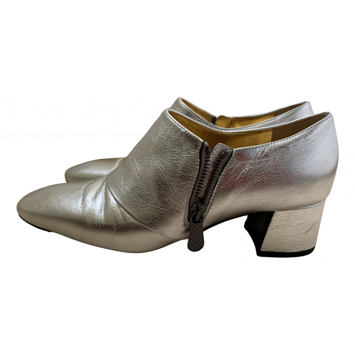 Bottega Veneta \N Stiefeletten in  Silber Leder