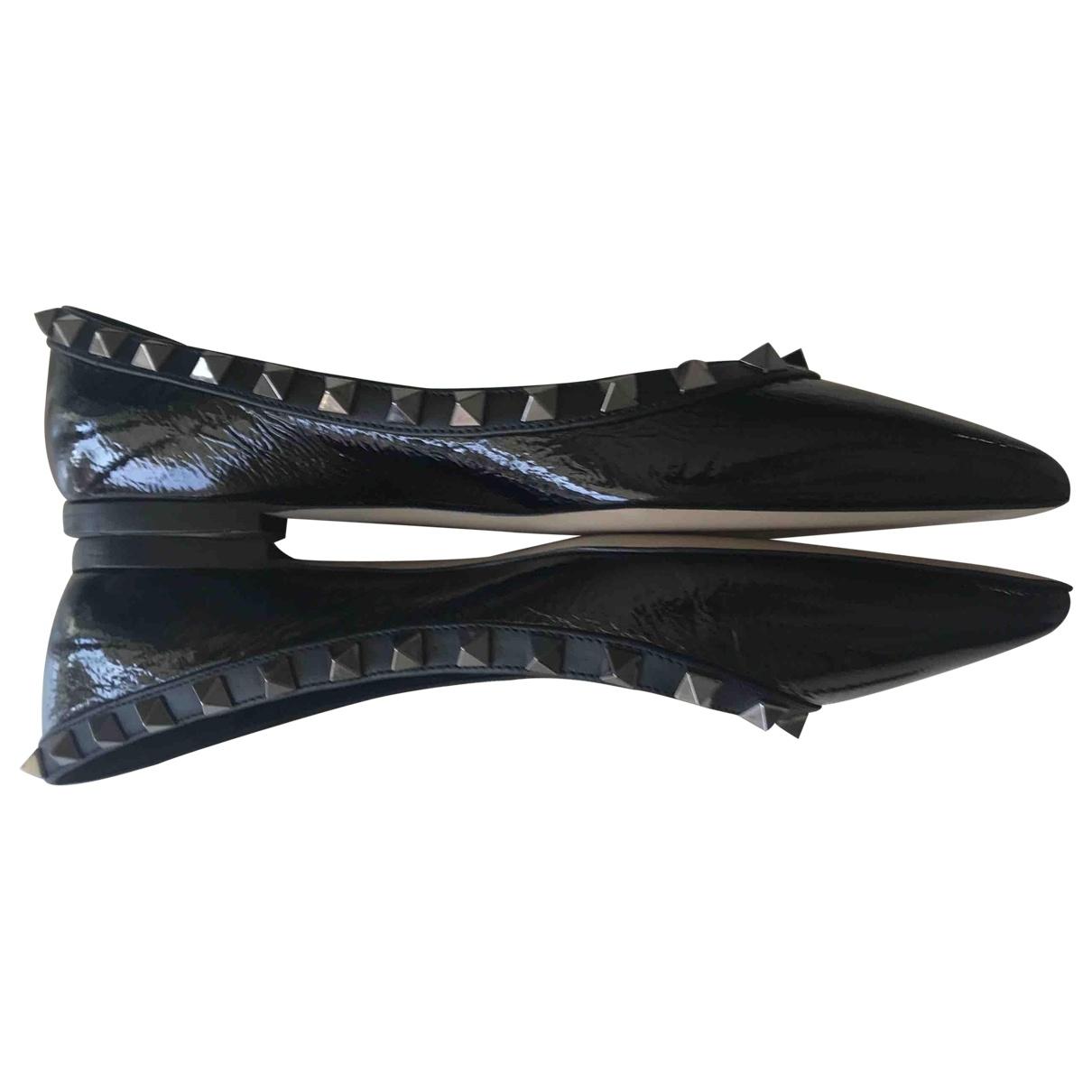Valentino Garavani - Ballerines Rockstud pour femme en cuir verni - noir