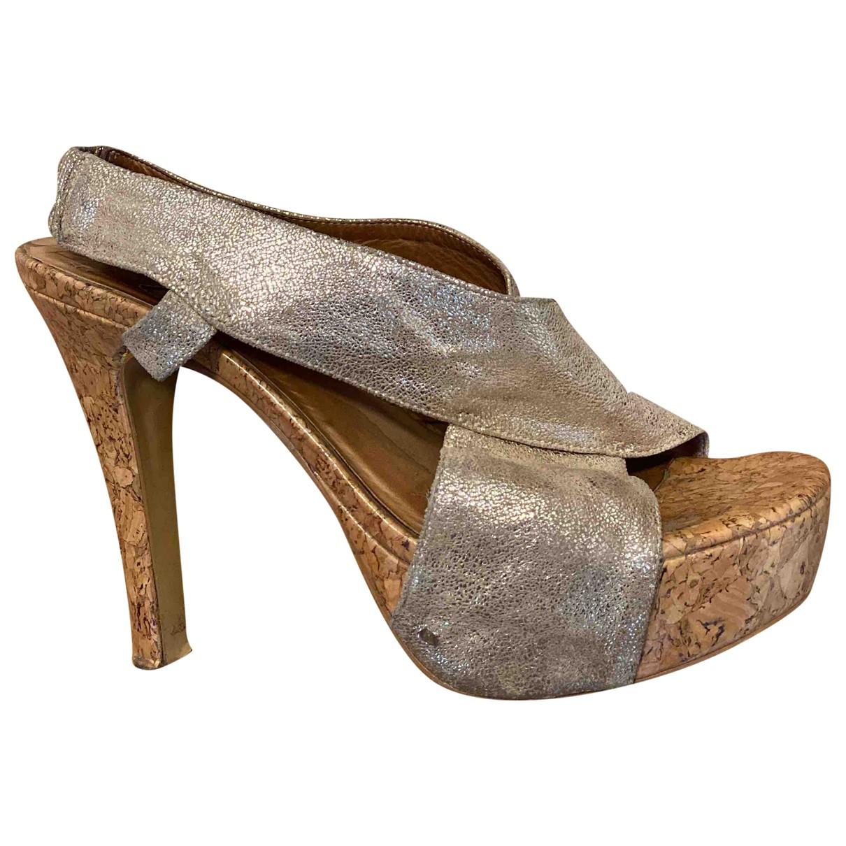Diane Von Furstenberg \N Gold Leather Sandals for Women 9.5 US