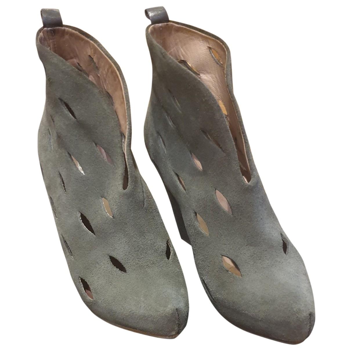 Surface To Air - Boots   pour femme en suede - vert