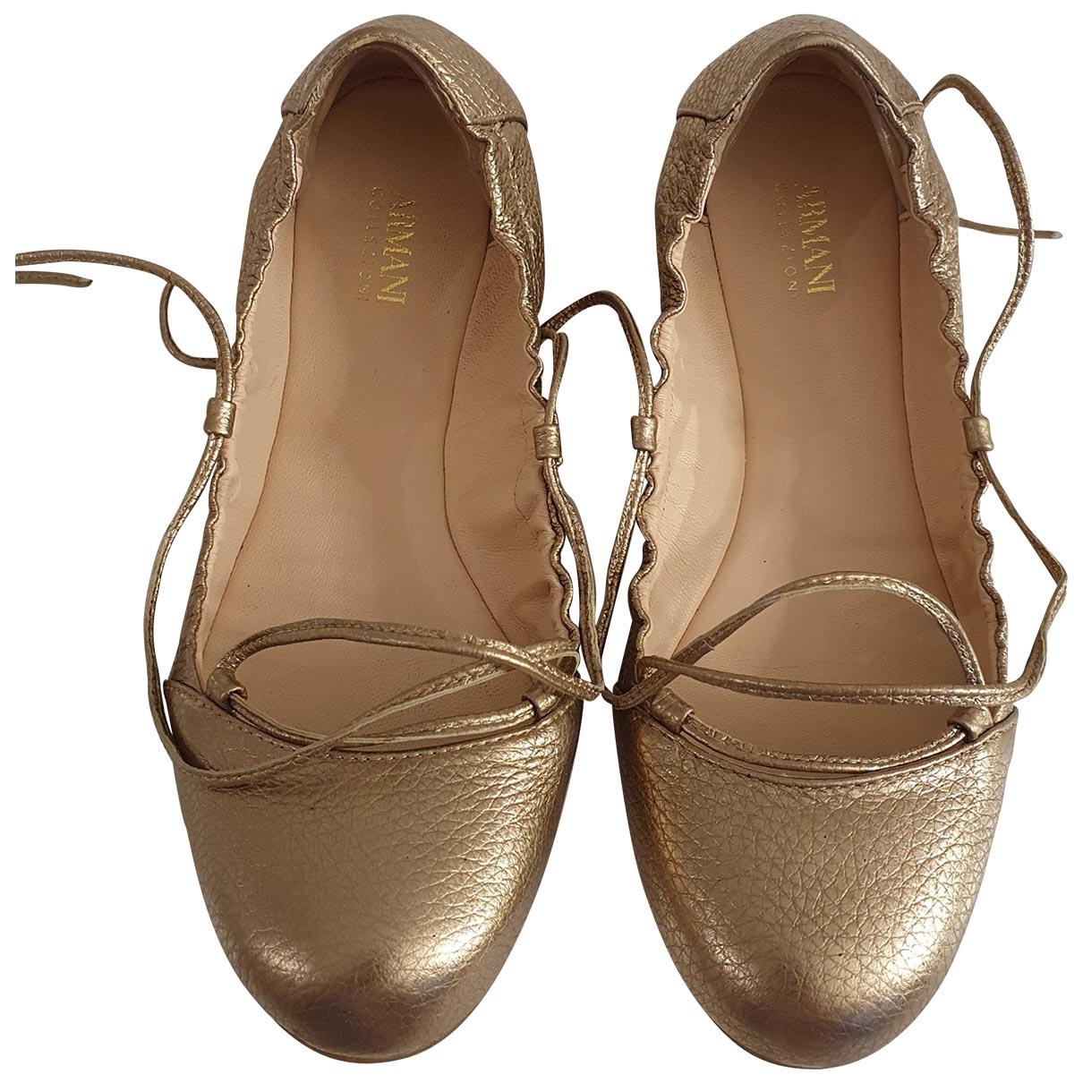 Armani Collezioni \N Ballerinas in  Gold Leder