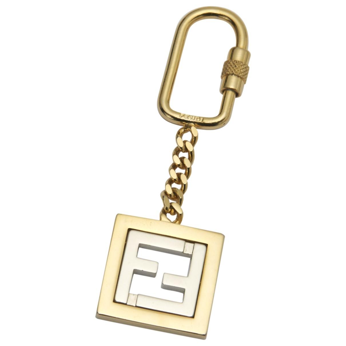 Fendi \N Taschenschmuck in  Gold Metall