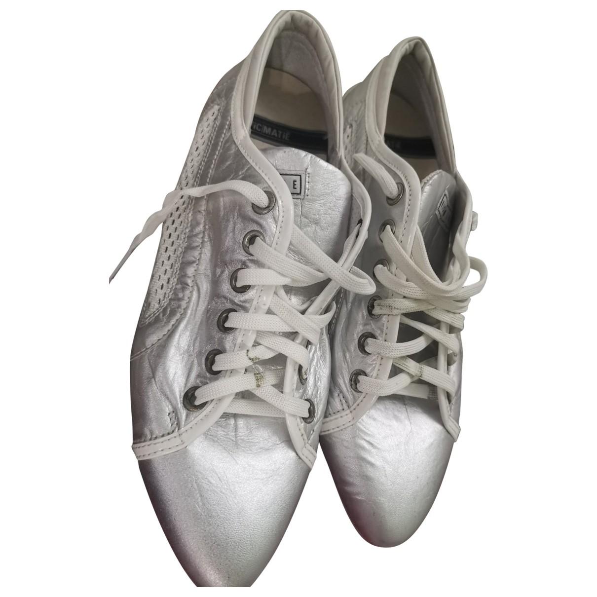 Vic Matie \N Sneakers in  Silber Leder