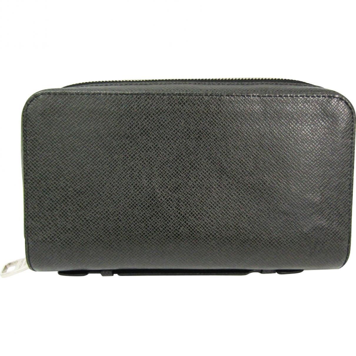 Louis Vuitton Zippy XL Black Cloth Small bag, wallet & cases for Men \N