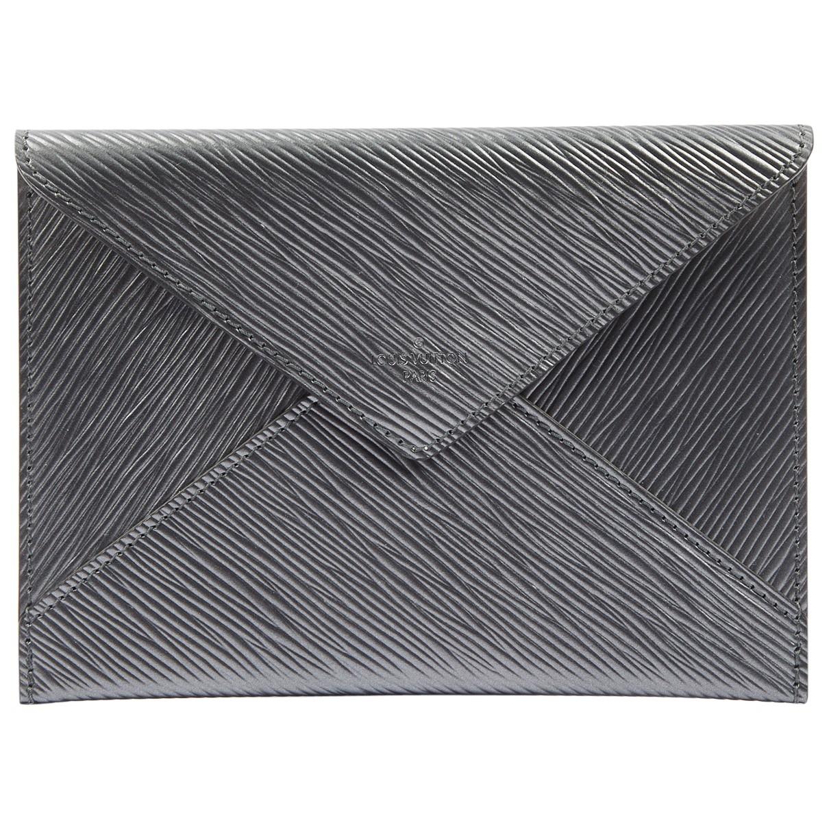 Louis Vuitton \N Portemonnaie in  Grau Leder