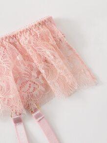 Set de lenceria con liga con aro con encaje floral