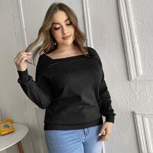Einfarbiger Pullover mit quadratischem Kragen