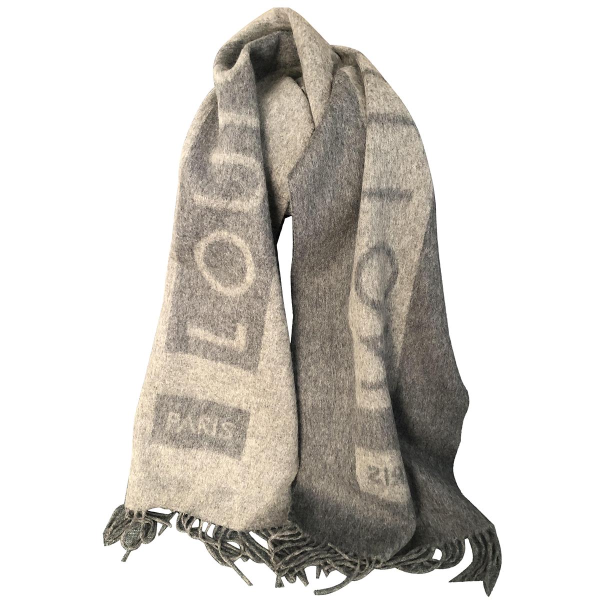 Louis Vuitton \N Schal in  Grau Kaschmir