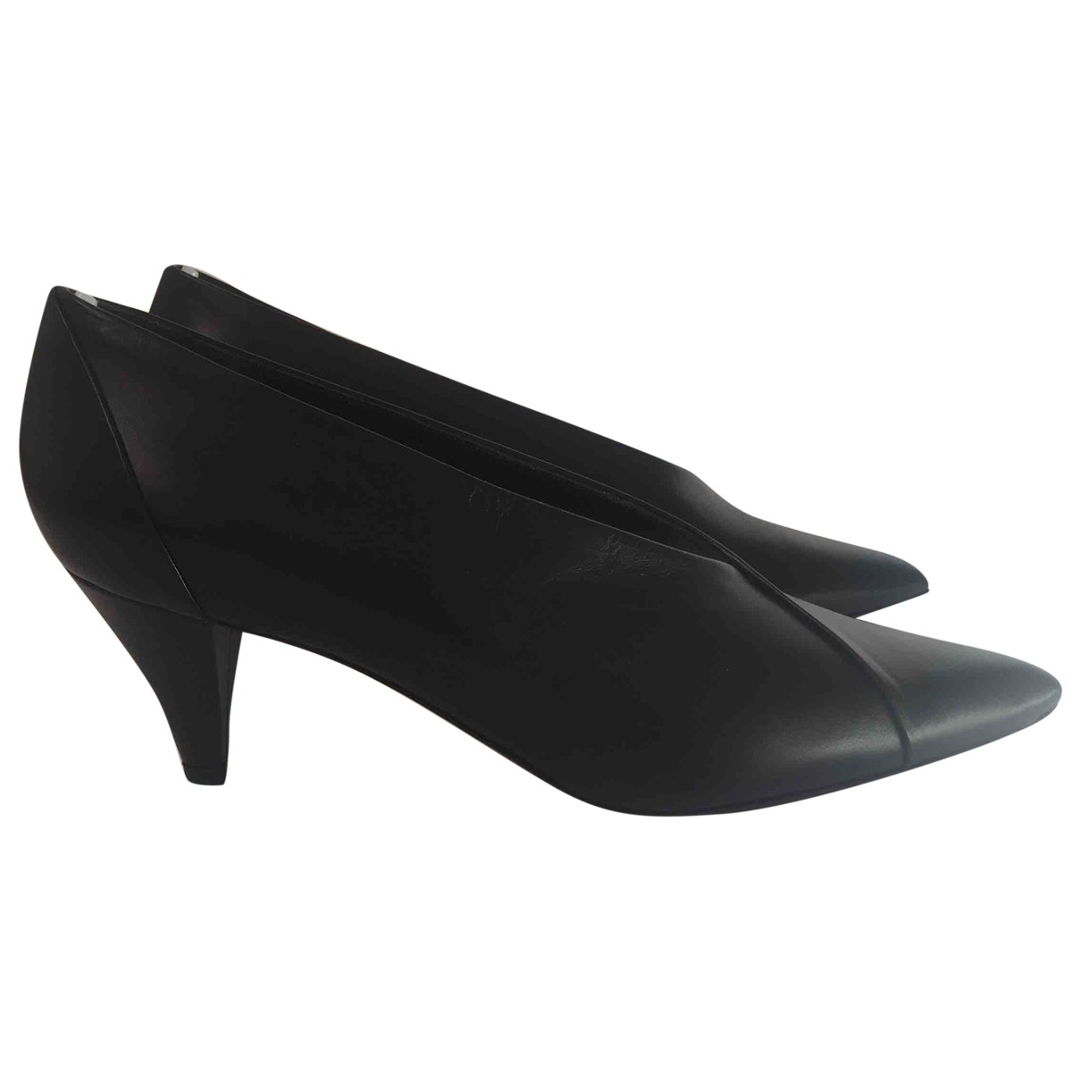 Givenchy \N Black Leather Heels for Women 37.5 EU