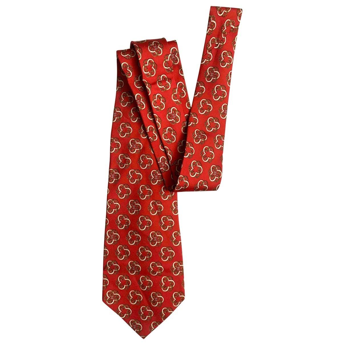 Chanel \N Red Silk scarf for Women \N