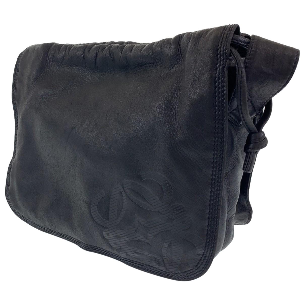 Loewe \N Handtasche in Leder