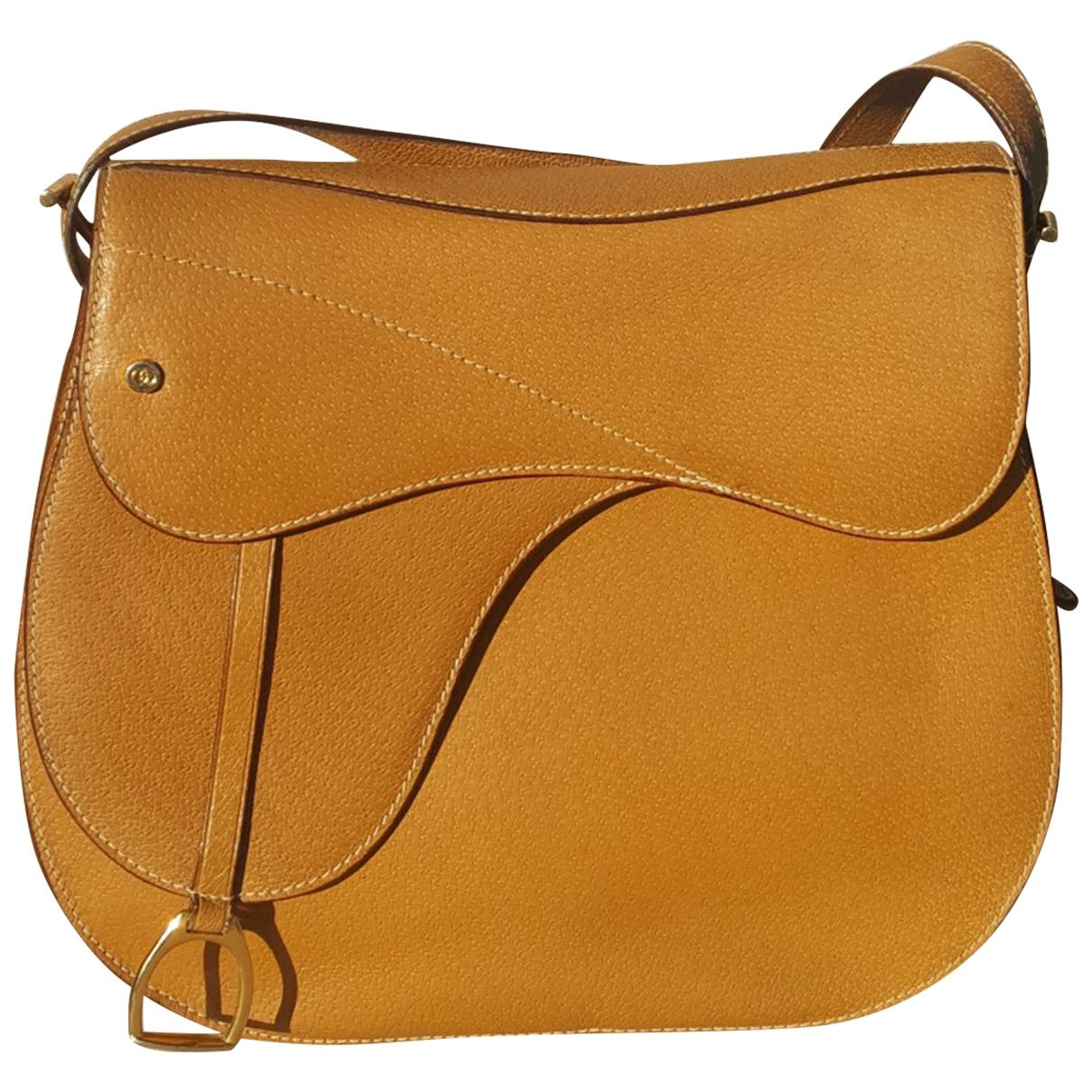 Gucci \N Camel Leather handbag for Women \N