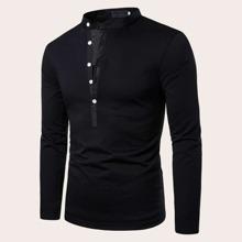 Maenner Polo Shirt mit halber Knopfleiste und Stehkragen