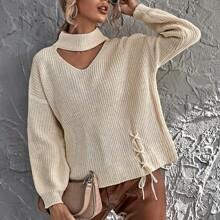 Pullover mit Schluesselloch am Kragen und Band Detail