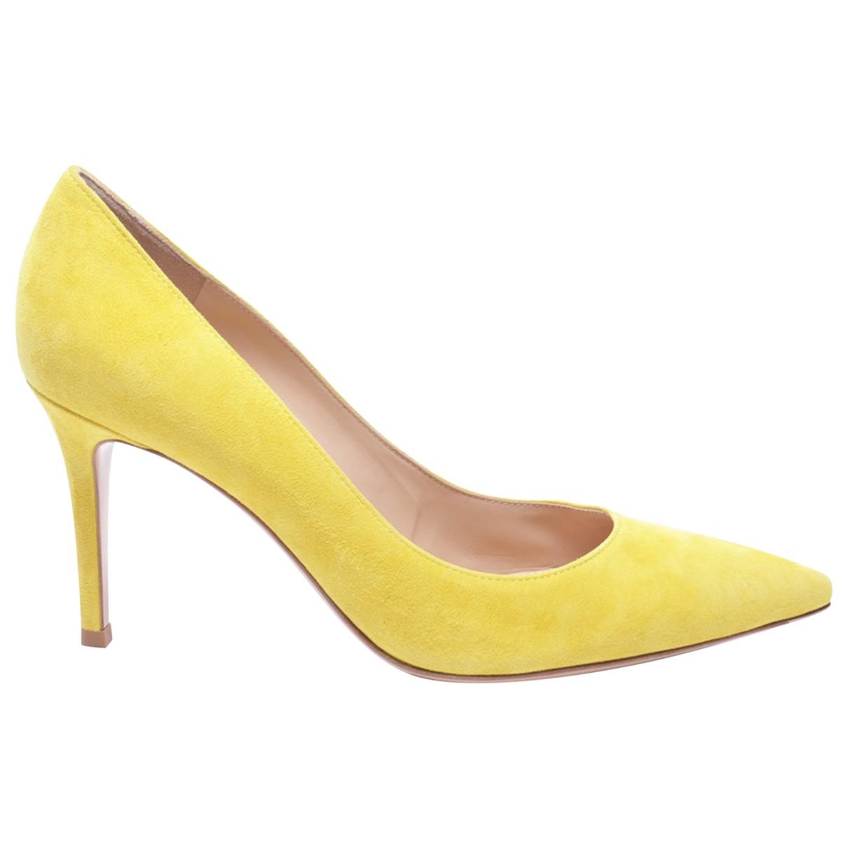 Gianvito Rossi \N Yellow Leather Heels for Women 38 EU