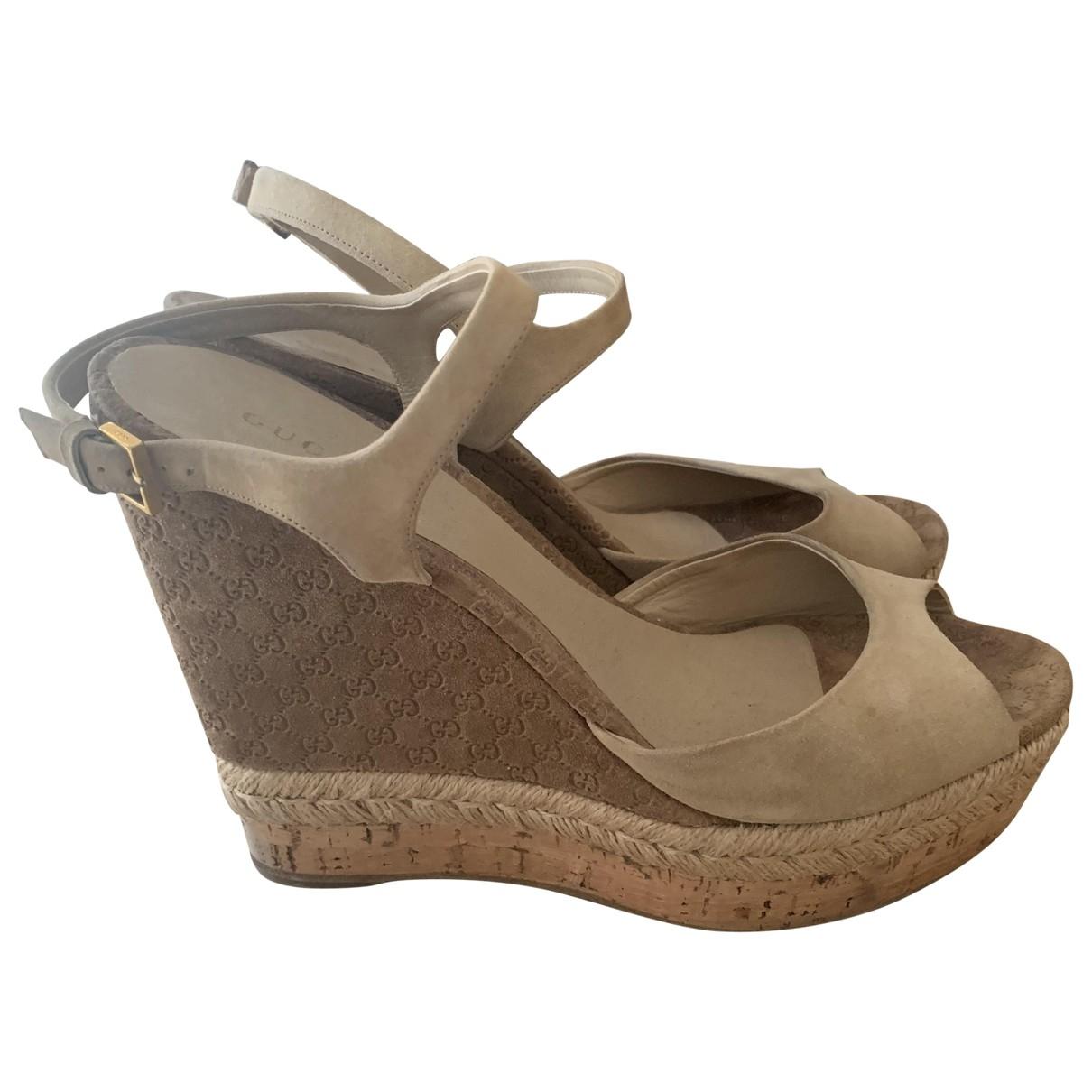 Gucci \N Beige Leather Heels for Women 40 EU