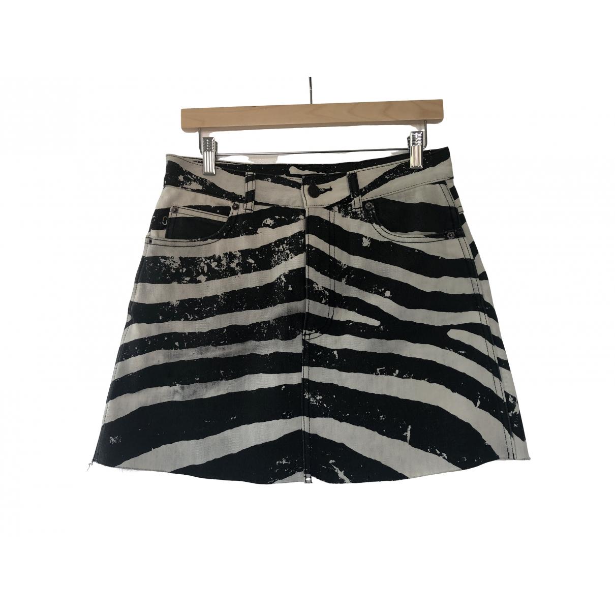 Mini falda Marc Jacobs