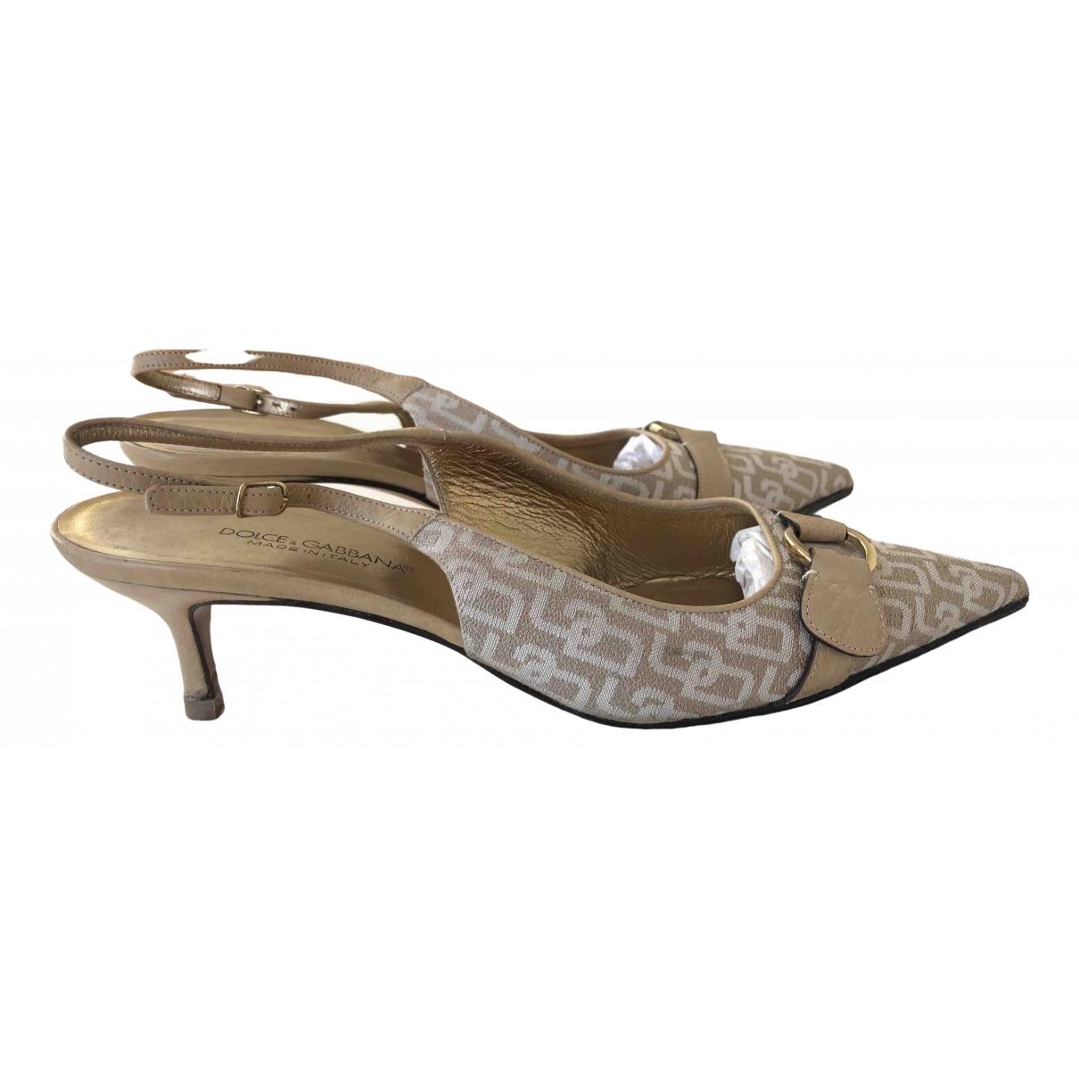 Dolce & Gabbana \N Pumps in  Beige Leinen