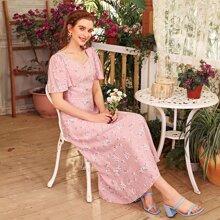 Floral Sweetheart Neck Flutter Sleeve A-Line Dress