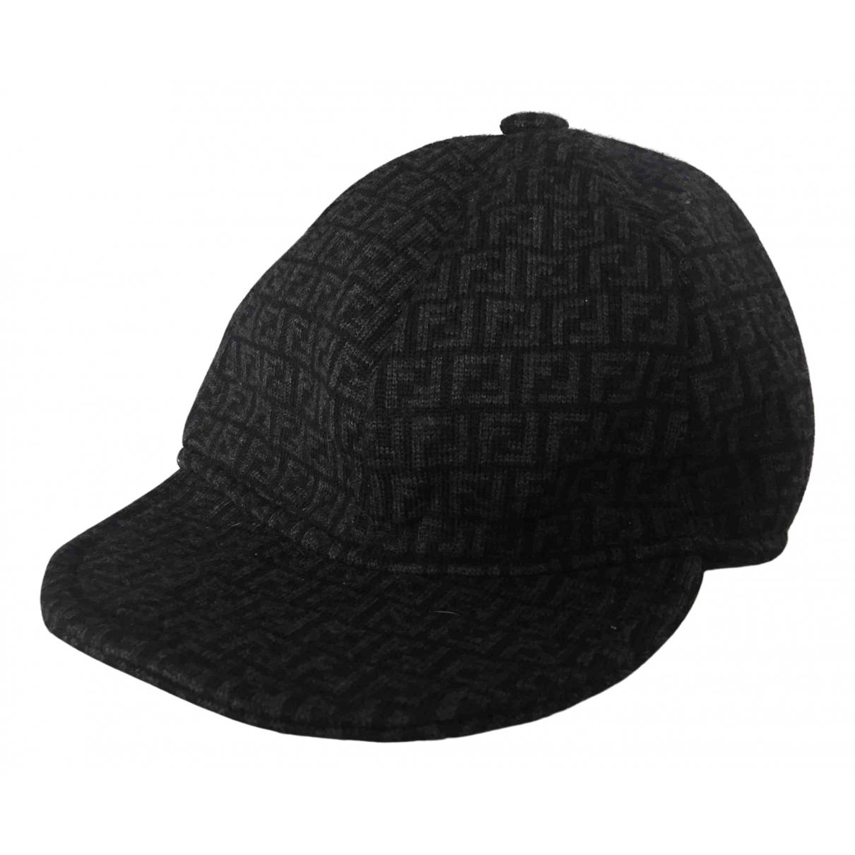 Fendi - Chapeau   pour femme en laine - gris