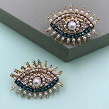 1pair Rhinestone Decor Eye Design Stud Earrings