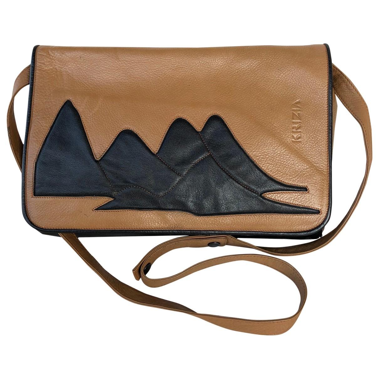 Krizia \N Handtasche in  Kamel Leder