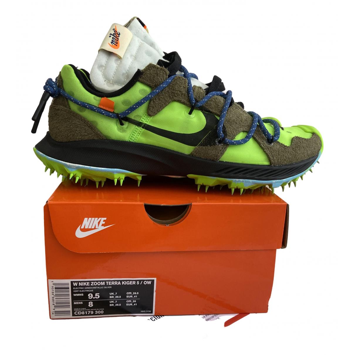 Nike X Off-white Zoom Terra Kiger 5 Sneakers in  Gruen Kunststoff