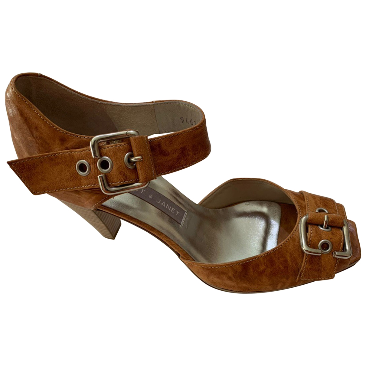 Sandalias de Cuero Janet & Janet