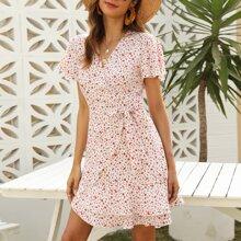 Kleid mit Bluemchen Muster, Wickel Design, Knoten und Raffung