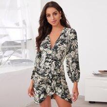 Vestido con estampado tropical ribete con fruncido a capas