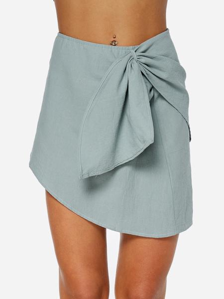 Yoins Green Crossed Front Slit Design Plain Mini Skirts