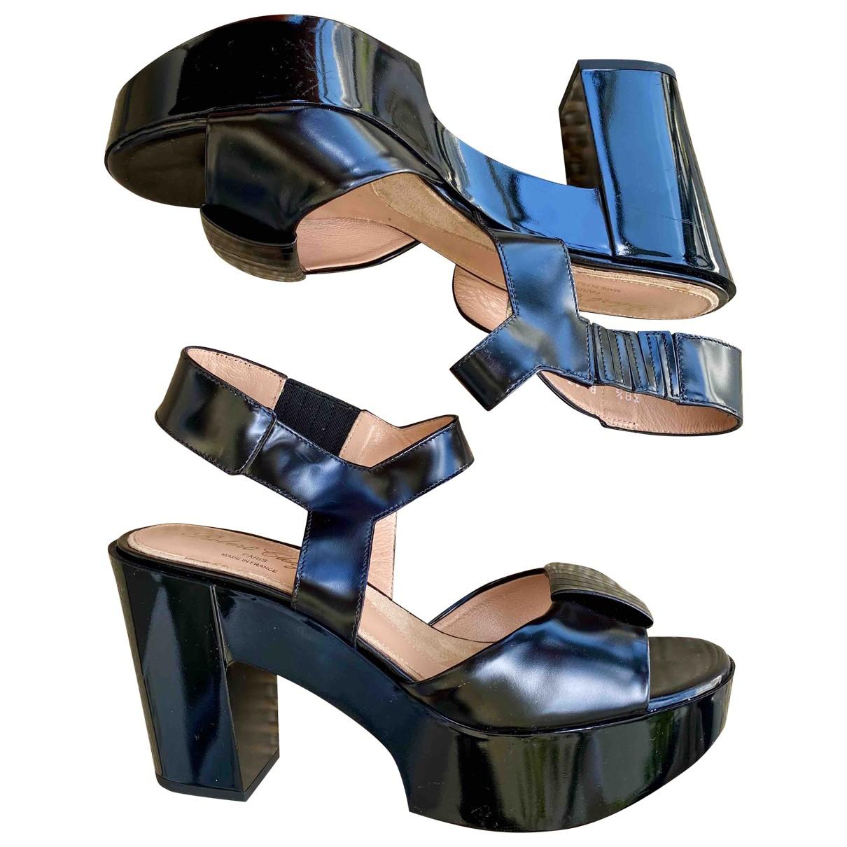 Robert Clergerie - Sandales   pour femme en cuir verni - noir
