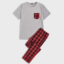 Conjunto de pijama de hombres top con bolsillo en contraste con pantalones de guingan