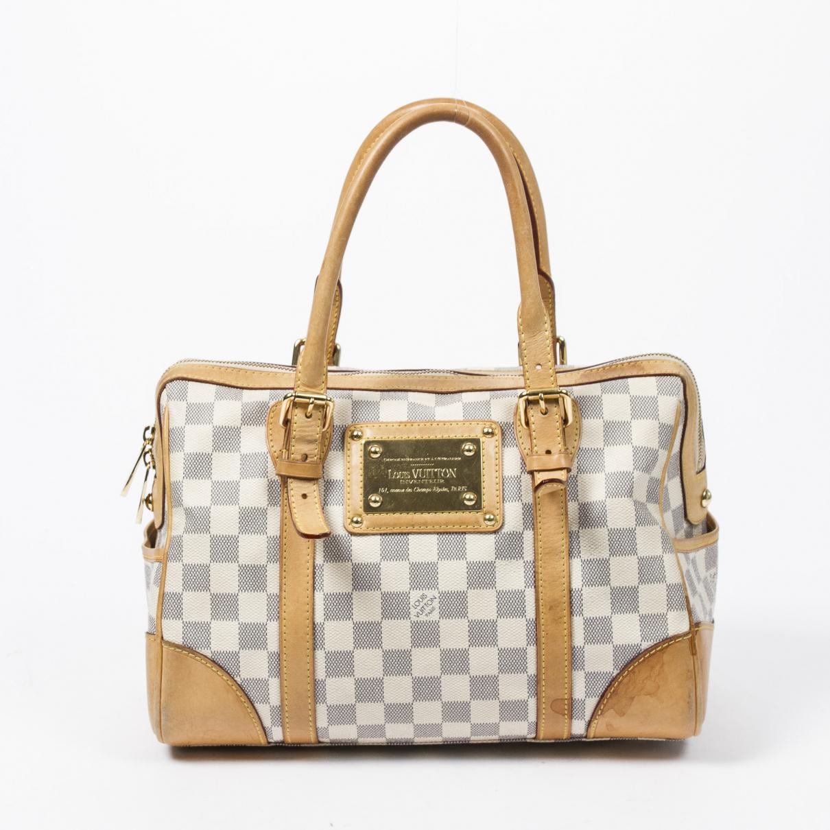 Louis Vuitton Berkeley Beige Leather handbag for Women \N