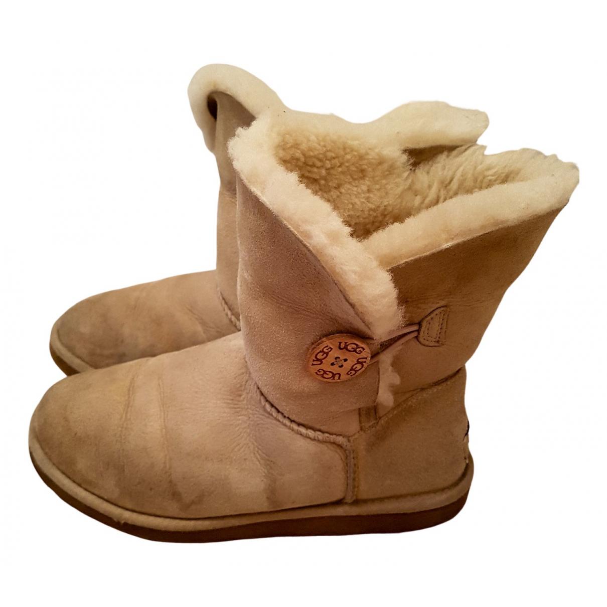 Ugg N Ecru Shearling Ankle boots for Women 40 EU