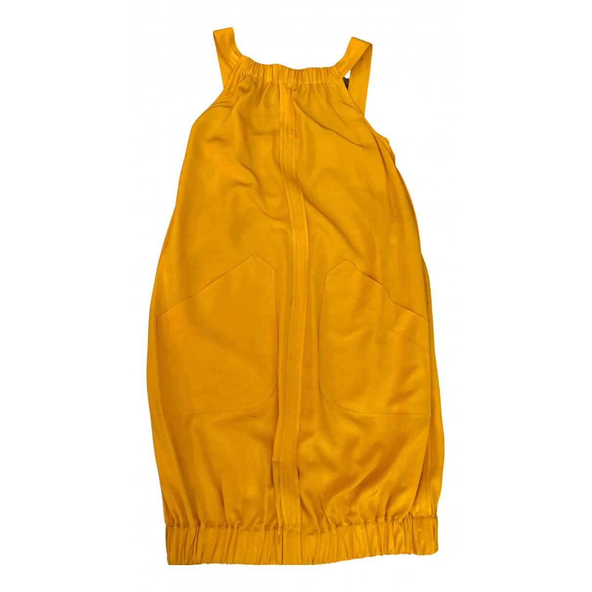 Fendi \N Kleid in  Gelb Seide