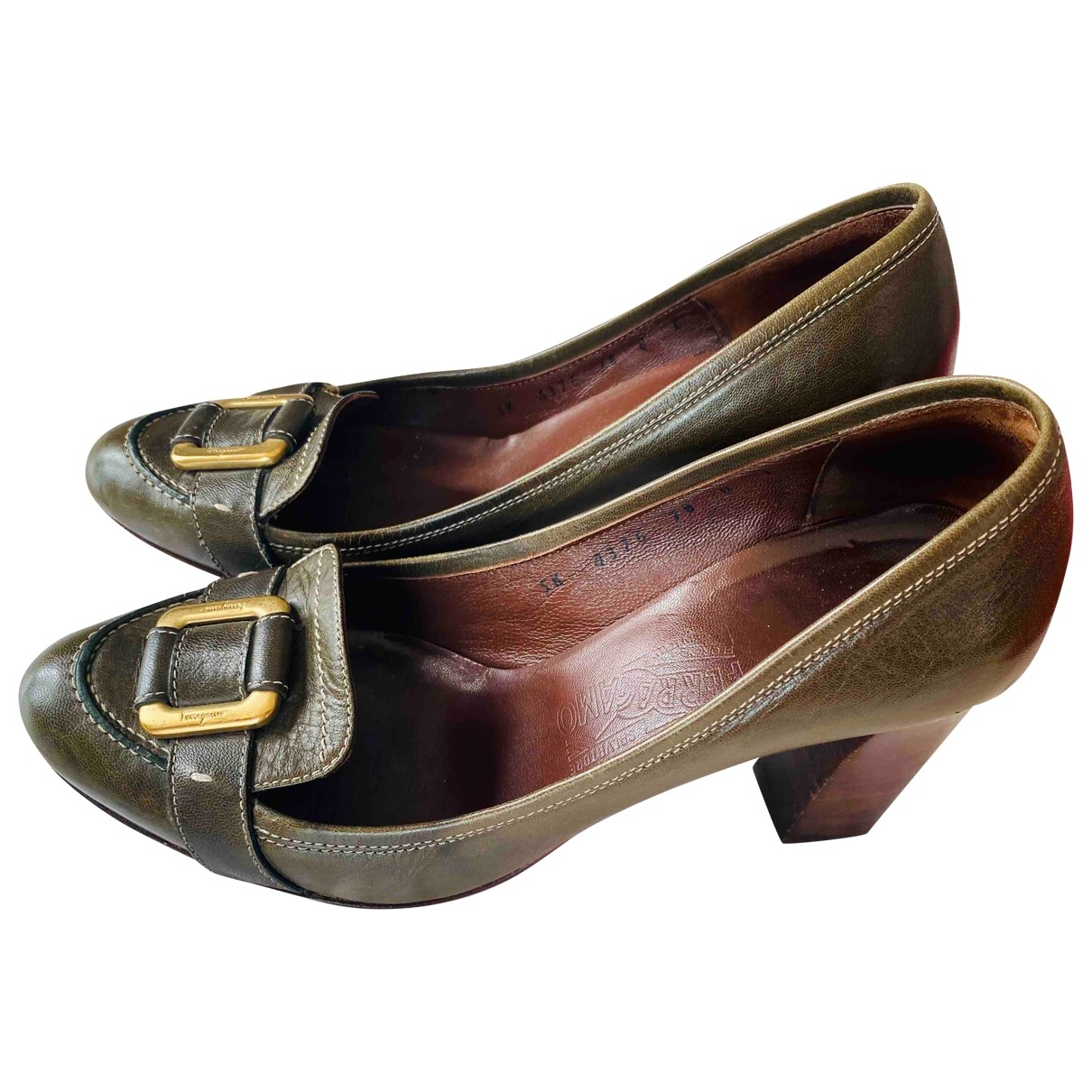 Salvatore Ferragamo \N Green Leather Heels for Women 38 EU