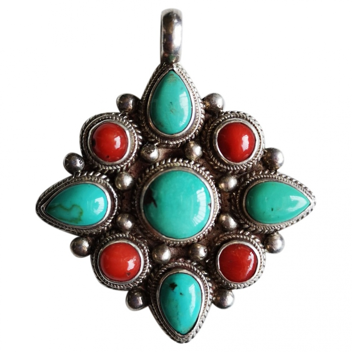 Non Signé / Unsigned Turquoises Multicolour Silver pendant for Women \N