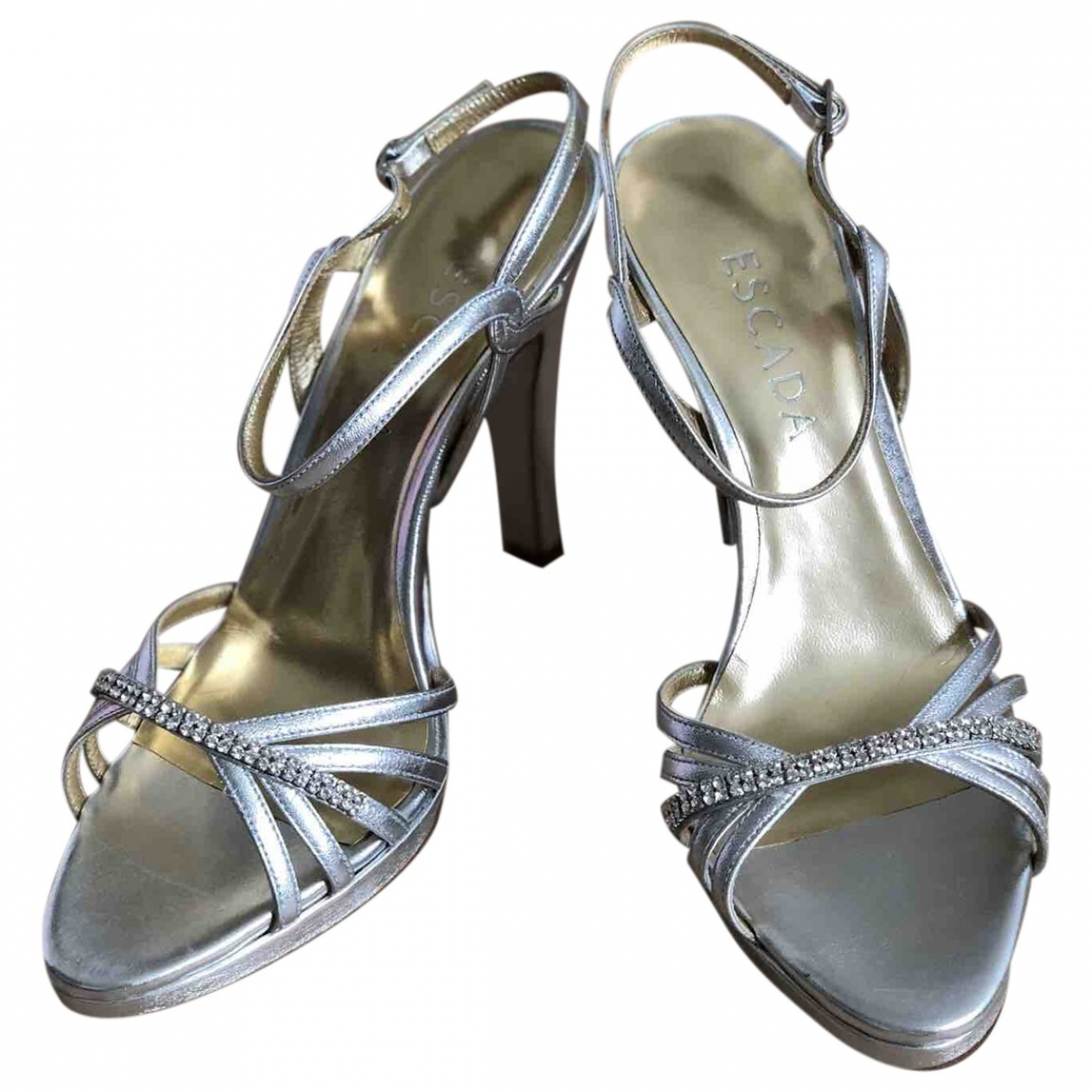 Escada \N Pumps in  Silber Leder