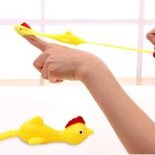 1 Stueck Spielzeug mit Slingshot Huhn Flinger Design