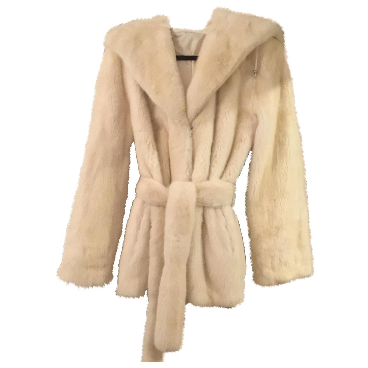 Non Signé / Unsigned \N White Mink coat for Women M International
